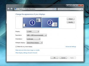 Screenshot displays screen resolution settings of Windows 7 with dual monitors